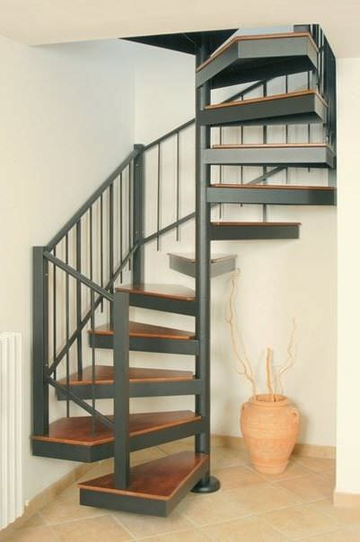 Small Spiral Staircase – Stair case design