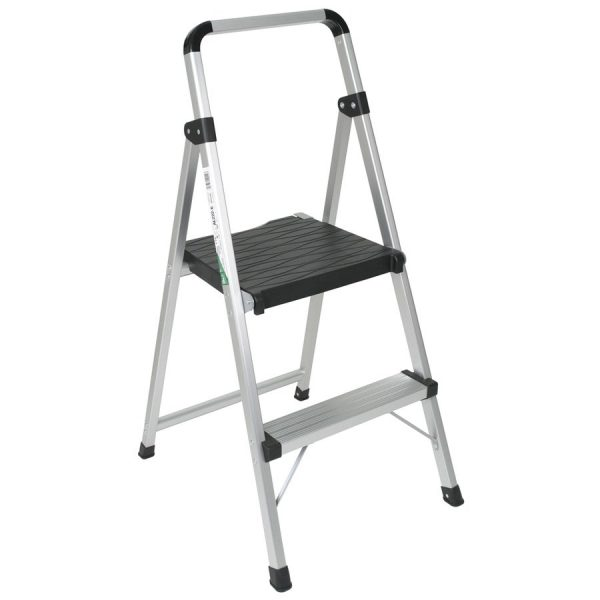 reliable step ladders at lowe's
