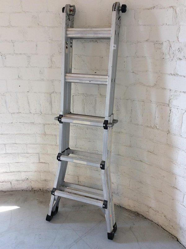 stepladder height