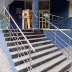 outdoor railings for concrete stairs