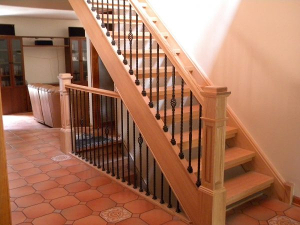 wooden stairs pictures
